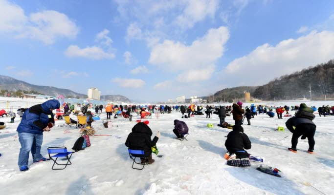 2D1N Ski Tour: Alpensia Ski Resort + Ice Fishing Festival